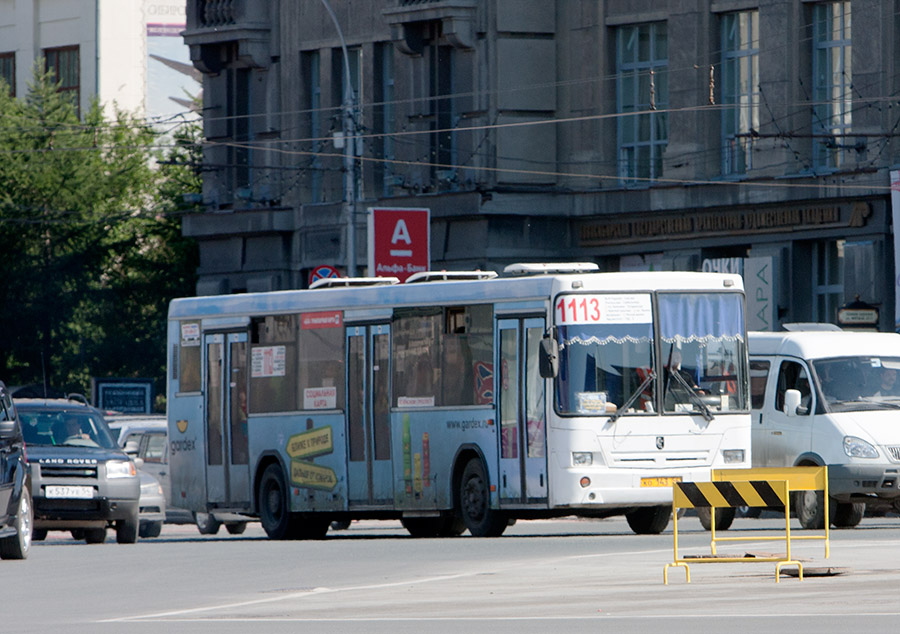 Незаконное удержание женщины с ребенком в автобусе Новосибирск