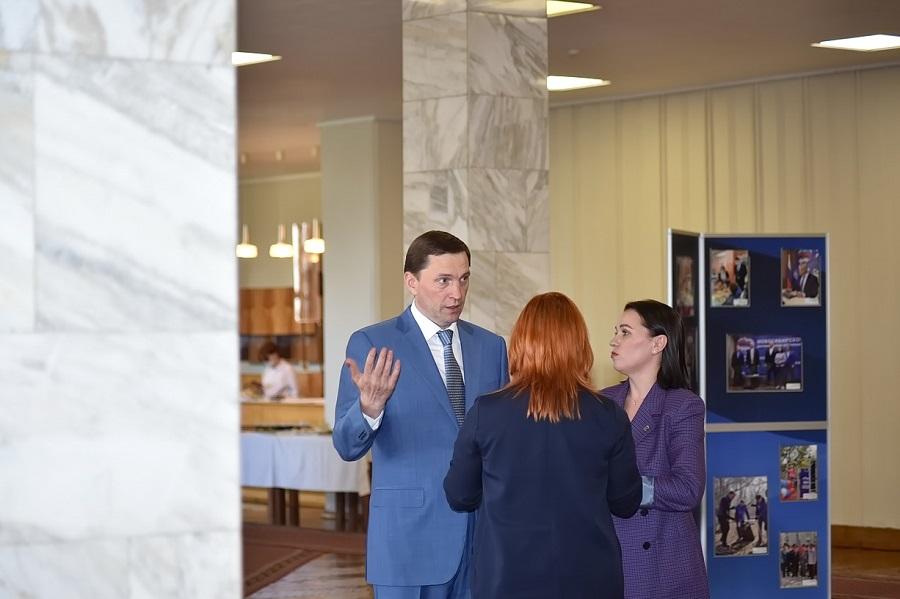 «Единая Россия» вместе с родительским сообществом проверяет готовность школ Новосибирска к новому учебному году - Изображение