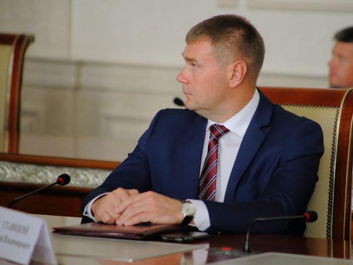 Миниатюра для: Экс-заместителю министра транспорта Новосибирской области продлили арест по «делу ТУАД»