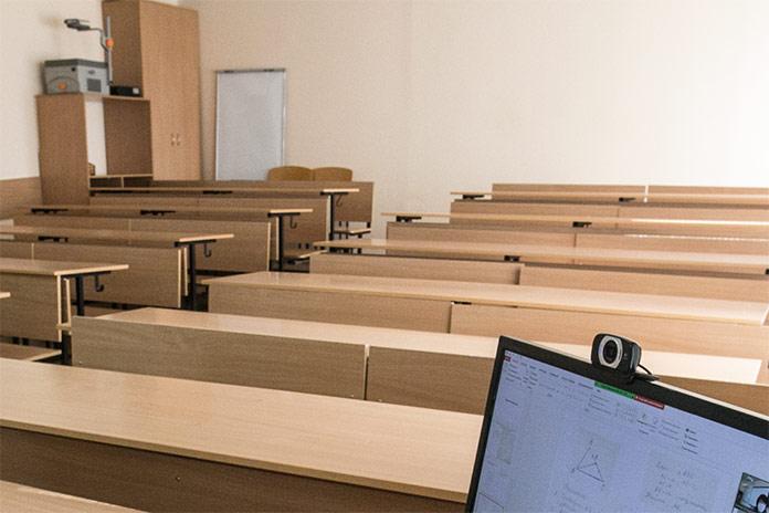 Миниатюра для: Школы Новосибирска выходят на концессию