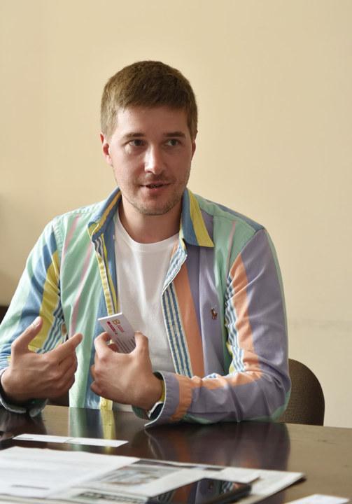 первые открывшиеся в Новосибирске магазины «Хороший выбор», «Первоцен» и SPAR