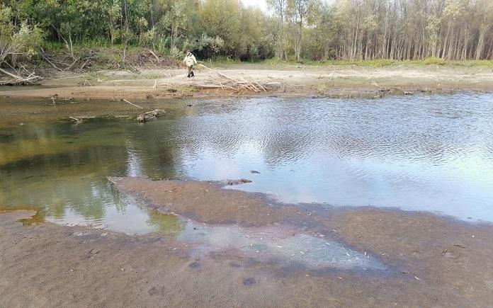 Разлив нефтепродуктов в Новосибирской области