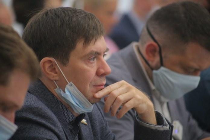 Миниатюра для: Депутат горсовета Новосибирска Ростислав Антонов вступил во фракцию ЛДПР