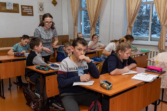 30 педагогов отправятся в районные школы Новосибирской области