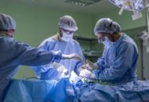 Хирурги новосибирской клинки Мешалкина удалили опухоль головного мозга гражданину Германии