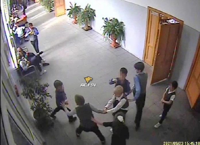 Избиение ребенка в школе Новосибирска