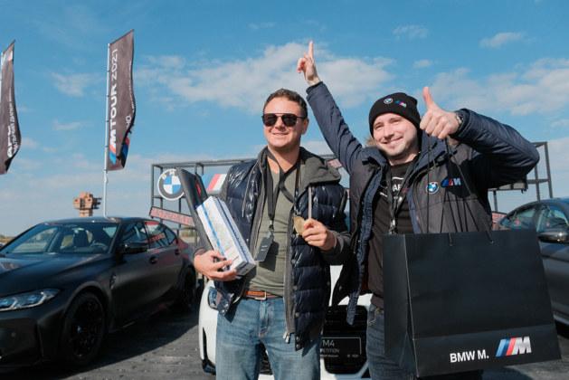 ФОТОБАНК. Сибирские клиенты BMW приняли участие в мероприятии M TOUR 2021 - Фотография