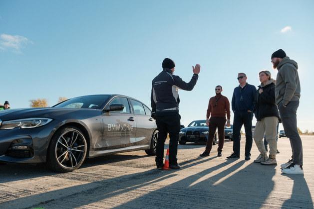 ФОТОБАНК. Сибирские клиенты BMW приняли участие в мероприятии M TOUR 2021