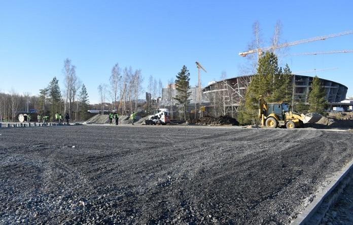 Благоустройство парка рядом с ледовой ареной в Новосибирске
