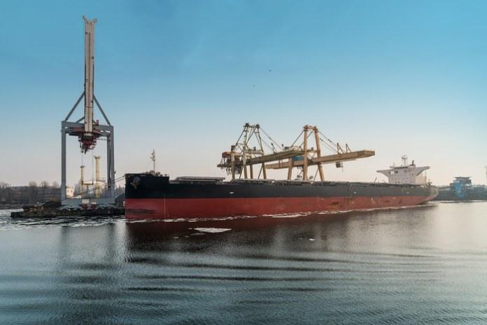 Миниатюра для: «Сибантрацит» начал поставлять уголь за рубеж по Северному морскому пути