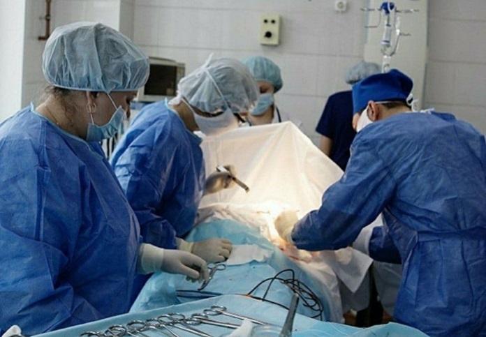 Хирурги Новосибирского областного онкодиспансера удалили пациенте опухоли весом более 30 кг